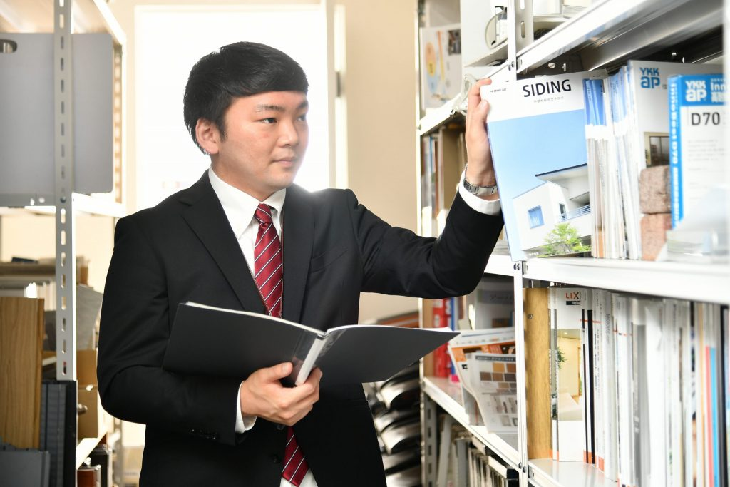 【スタッフ紹介】営業部 吉村 「お客様が何年経ってもずっと好きな家でいられるように」